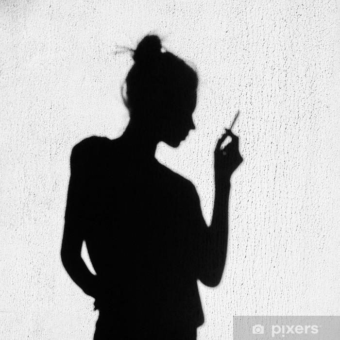 dívky sdílejí kouření