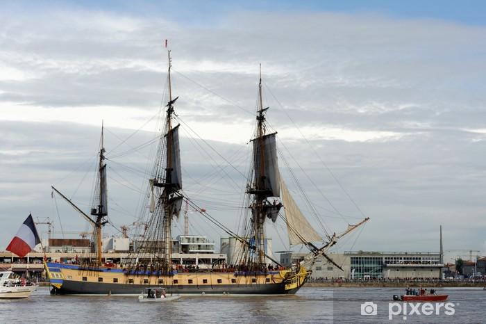 Fototapeta winylowa Bordowy, Hermiona fregaty na Garonne - Czas