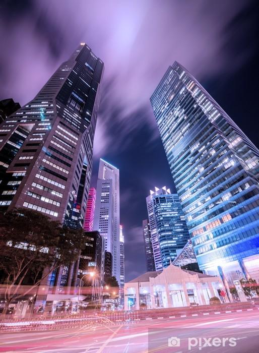 Naklejka Pixerstick Skysrapers w Singapurze w godzinach nocnych - Inne