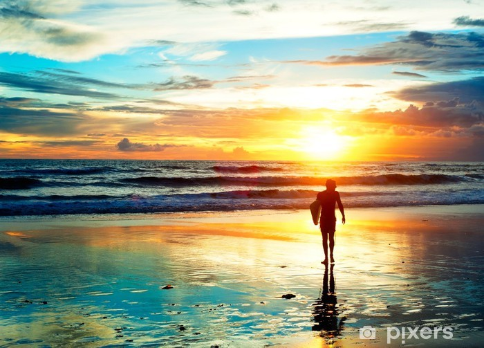 Fototapeta winylowa Sunset Surfer - Sporty indywidualne