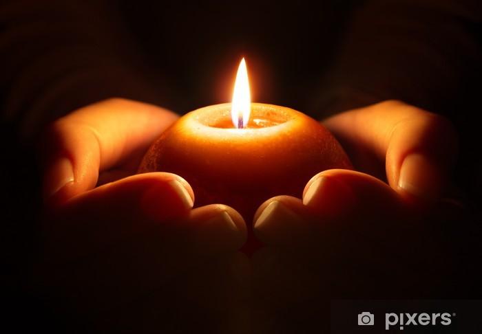 Rukous - kynttilä kädessä Pixerstick tarra - Uskonto
