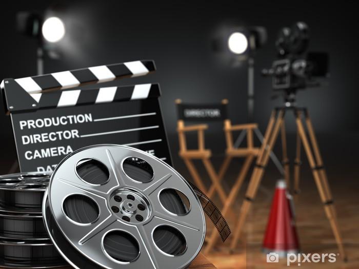 Papier peint vinyle Vidéo, film, cinéma concept. Retro camera, bobines, clap - Thèmes