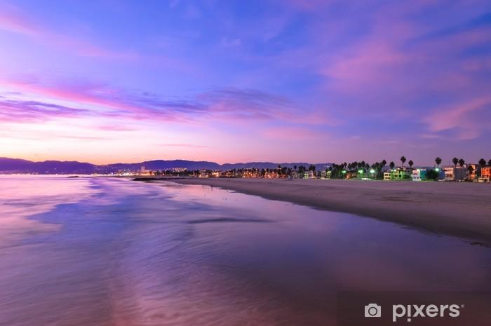 Papier peint vinyle Coucher de soleil spectaculaire à Venice Beach en Californie - Thèmes