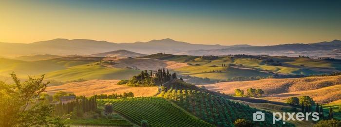 Fotomural Estándar Panorama del paisaje de la Toscana al amanecer, Val d'Orcia, Italia - Temas