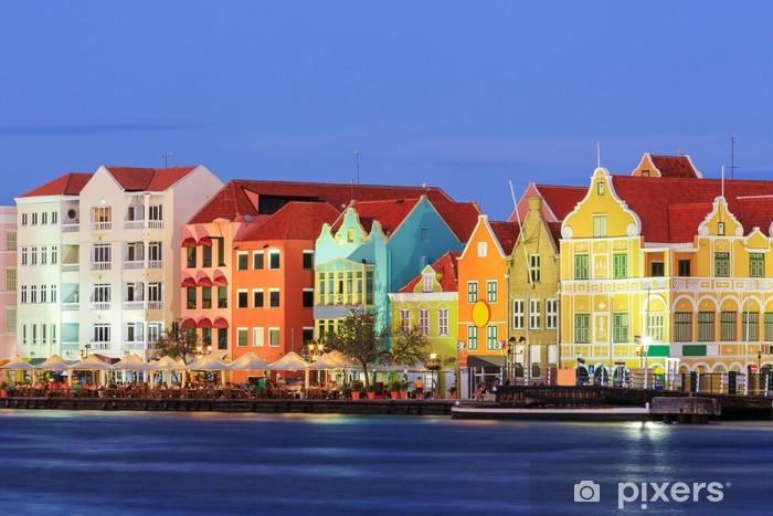 Papier peint vinyle Willemstad au crépuscule. Curaçao, Antilles néerlandaises - Amérique