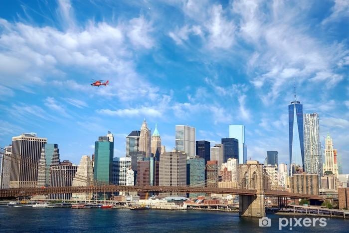 Fototapeta winylowa Brooklyn Bridge i dolnym Manhattanie, Nowy Jork - Miasta amerykańskie