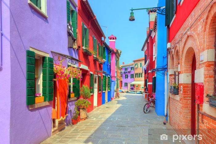Papier peint vinyle Maisons colorées sur l'île de Burano, près de Venise, Italie - Europe