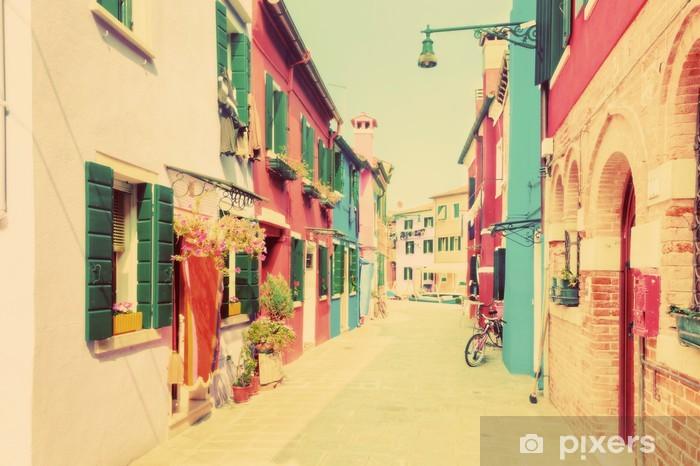 Vinyl Fotobehang Kleurrijke huizen op Burano, nabij Venetië, Italië. Wijnoogst - Europa