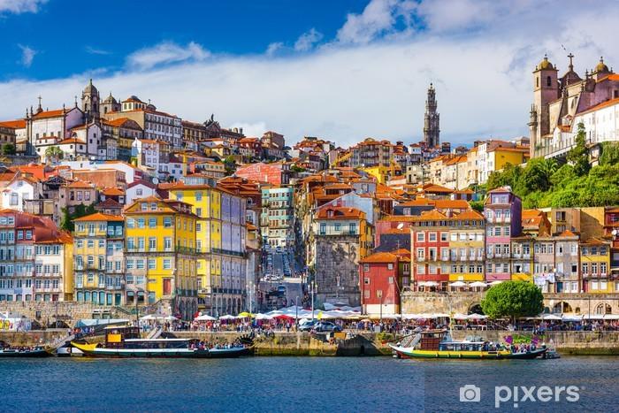 Fotomural Estándar Oporto, Portugal Antigua Horizonte de la ciudad por el río Duero - iStaging