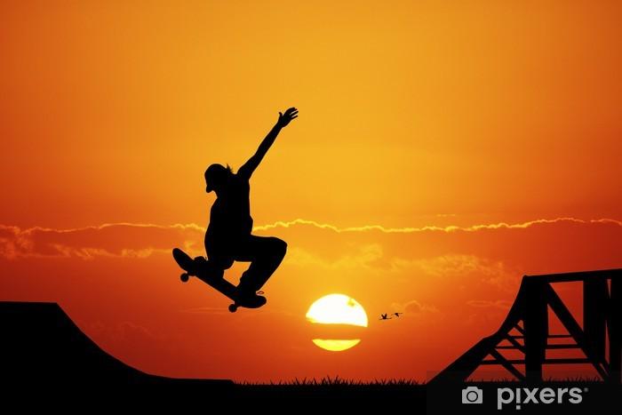Sticker Pixerstick Planche à roulettes au coucher du soleil - Sports individuels