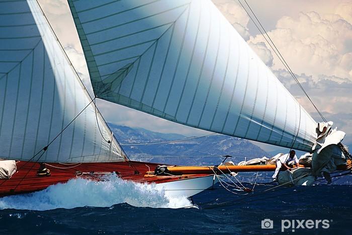 Fototapeta winylowa Morze Śródziemne żaglówki port regat Riwiera Prowansja - iStaging