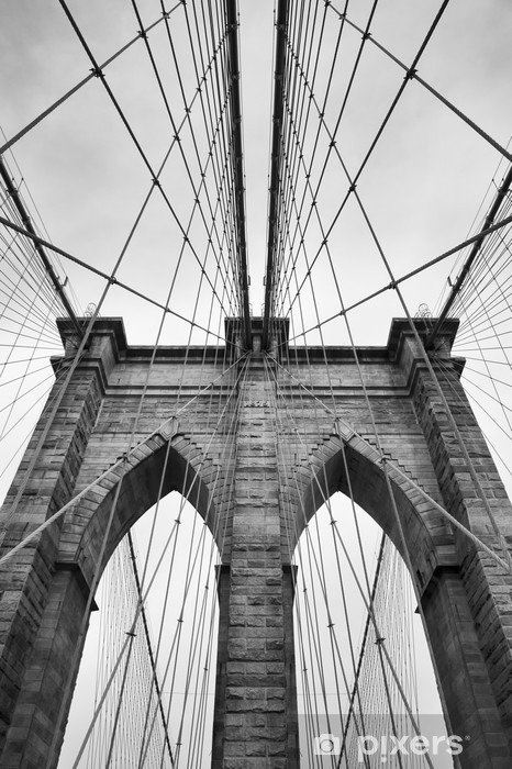 Fototapeta winylowa Brooklyn Bridge New York City bliska detal architektoniczny w ponadczasowej czerni i bieli - Podróże