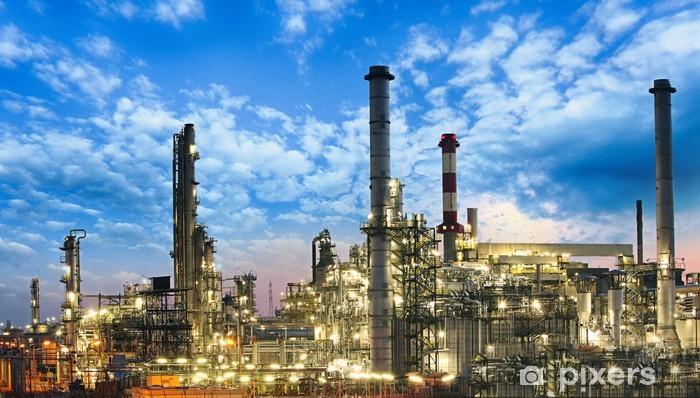 Иранская Nirouchlor Company экспортировала в Европу 4800 тонн нефтехимической продукции