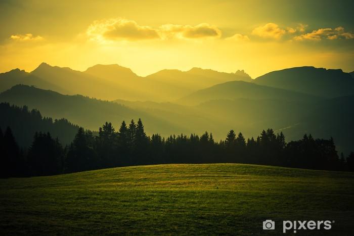 Afwasbaar Fotobehang Schilderachtige berglandschap - Bergen