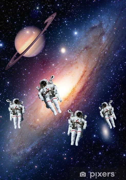 Papier peint vinyle Les astronautes spaceman système solaire de l'espace saturn planète univers. Les éléments de cette image fournie par la NASA. - Planètes