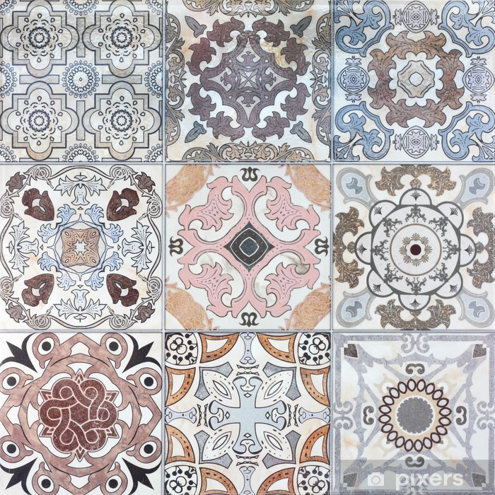 Vinilo para Nevera Viejos patrones de pared de azulejos de cerámica bellos del parque público. - iStaging