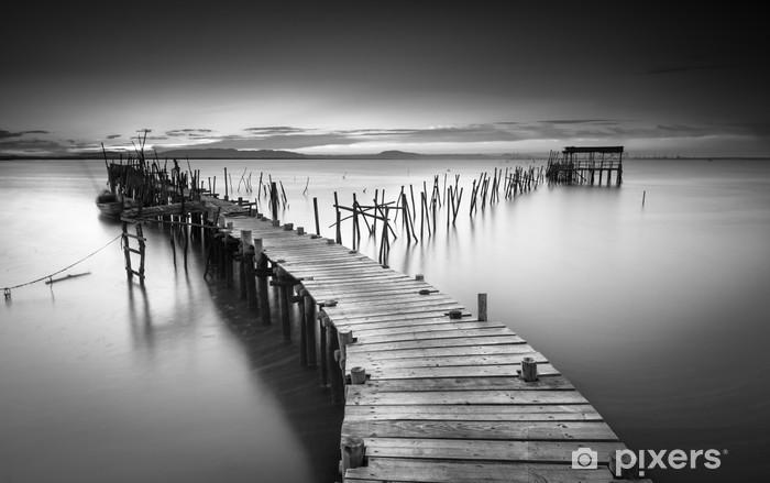 Vinyl Fotobehang Een rustige oude pier - Landschappen