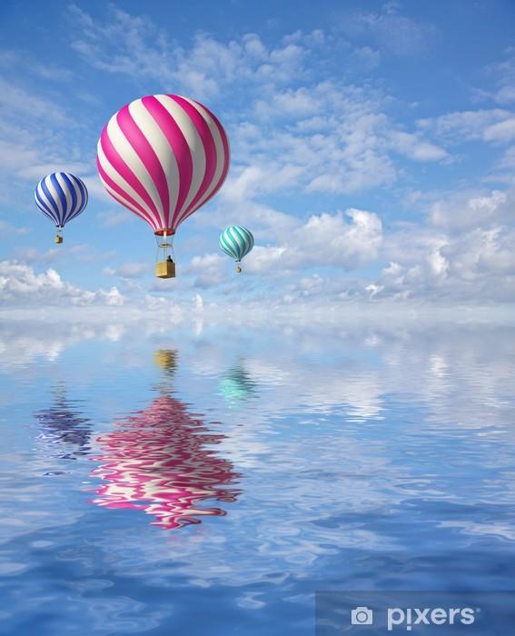 Papier peint vinyle Ballons 3d dans le ciel bleu et de réflexion dans l'eau -