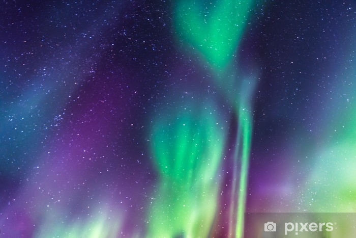 Carta da Parati in Vinile Aurora boreale su un cielo stellato - Ambiente