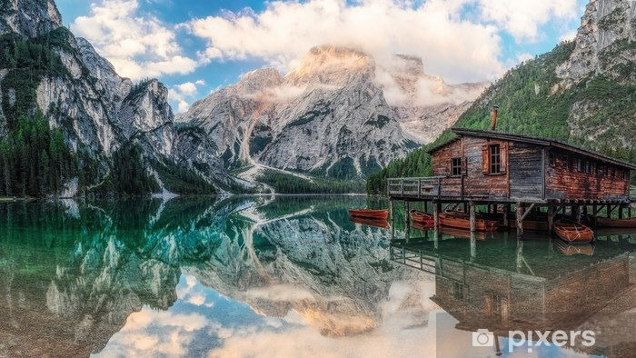 Vinilo Pixerstick Casa barco en el lago - Paisajes