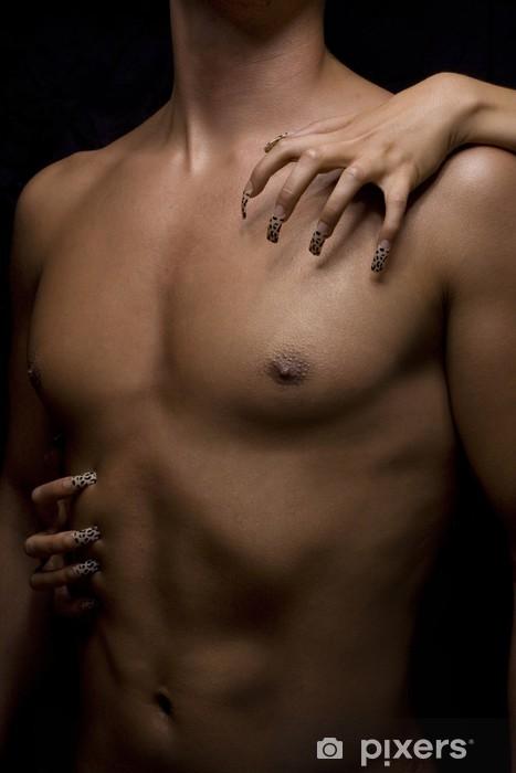Fototapeta winylowa Ciało mężczyzny i kobiety paznokci - Uroda i pielęgnacja ciała