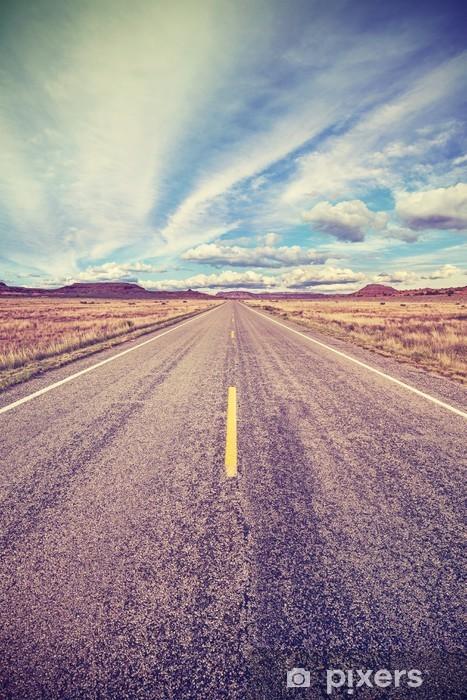 Fototapeta winylowa Retro stylizowane autostrady pustyni, pojęcie Adventure Travel. - Podróże