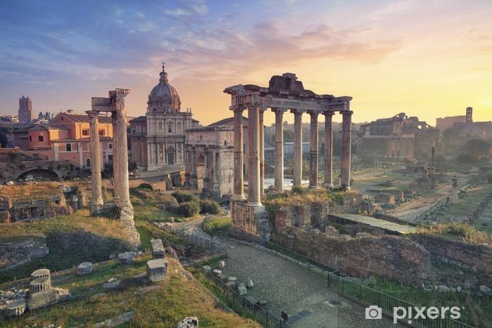 Papier peint vinyle Forum romain. Image Forum romain à Rome, Italie pendant le lever du soleil. - Voyages