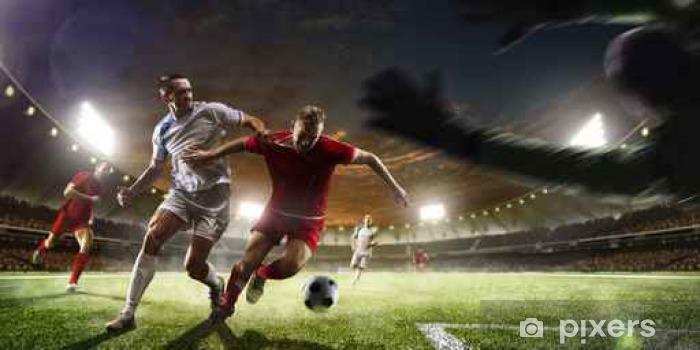 Fototapeta samoprzylepna Piłkarzy w akcji na tle słońca panorama stadionu - Sport