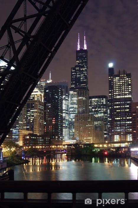 Naklejka Pixerstick Chicago city night view - z mostu na rzekę Chicago - Tematy
