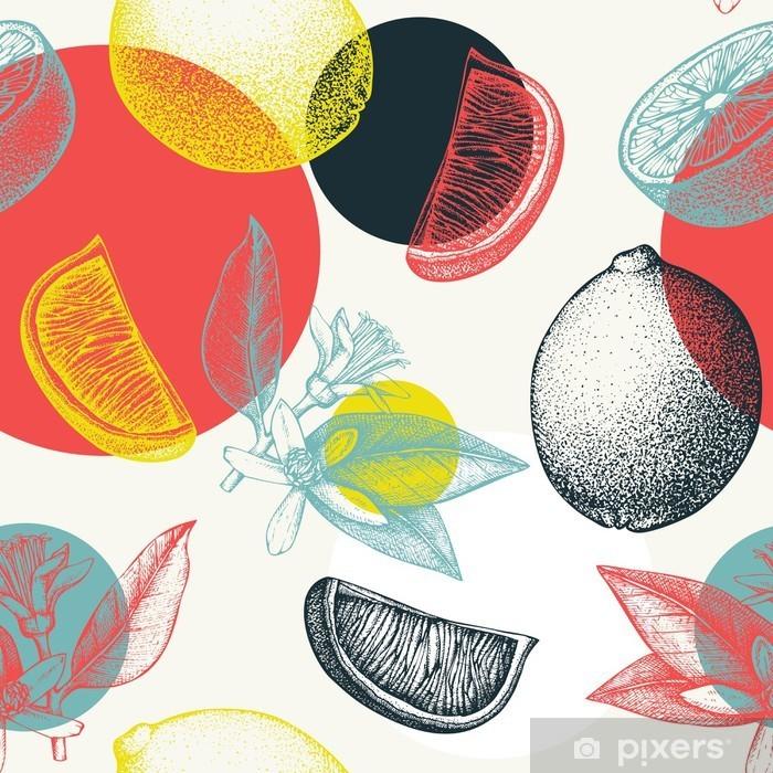 Pixerstick Sticker Vector naadloos patroon met inkt hand getrokken kalk fruit, bloemen, plak en bladeren schets. Vintage citrus achtergrond in pastel kleuren -