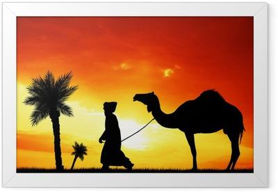 Gerahmtes Poster Beduinen in der Wüste