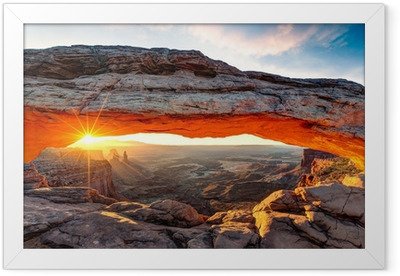 Mesa arch Framed Poster