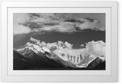 Gerahmtes Poster Tibet: Mount Everest in schwarz und weiß