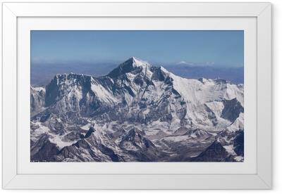Gerahmtes Poster Mount Everest - Gipfel der Welt (von Flugzeug)