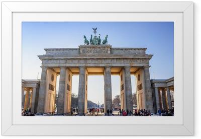 Plakat w ramie Brama Brandenburska w Berlinie - Niemcy