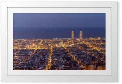 Plakat w ramie Barcelona skyline panorama w nocy