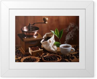 Ingelijste Poster Tazza di caffè espresso con macinino in legno