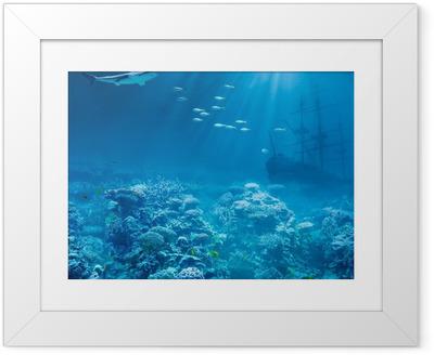 Hav eller hav under vand med haj og nedsænket skatte skib Indrammet plakat