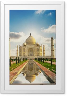 Póster com Moldura Taj Mahal in India