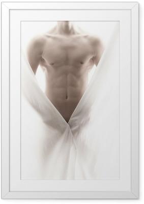Ingelijste Poster Voorkant van een gedeeltelijk naakt mannelijk lichaam