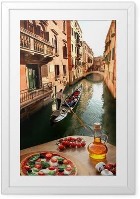 Venetsia italialaisella pizzalla canal italiaa vastaan Kehystetty juliste
