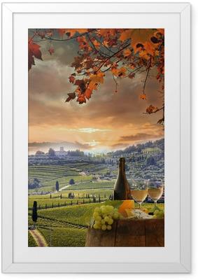 Valkoviini barellin viinitarhassa, Chianti, Toscana, Italia Kehystetty juliste