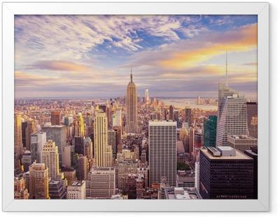 Poster i Ram Solnedgång utsikt över New York City tittar över centrala Manhattan