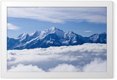 Póster com Moldura Le Mont blanc par de là les nuages