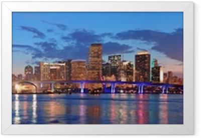 Gerahmtes Poster Miami Nachtszene