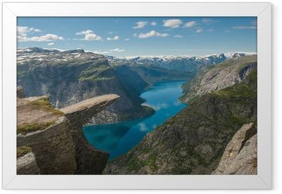 Gerahmtes Poster Trolltunga, Troll Zunge Felsen, Norwegen
