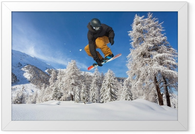 Snowboarder i neve fresca Indrammet plakat