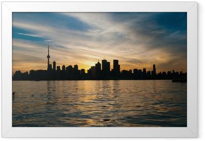 Poster i Ram Toronto stadens silhuett på solnedgången