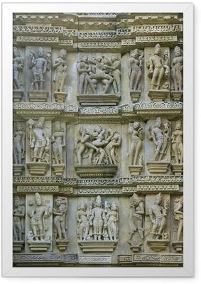 Gerahmtes Poster Kamasutra, Khajuraho Tempel, Madhya Pradesh, Indien