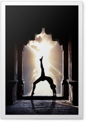 Poster in Cornice Silhouette Yoga nel tempio